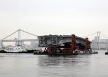 天候不良で2度も延期された首都高晴海線・橋桁架設工事