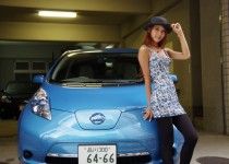 [XaCARブログ] 奄美大島出身の美女が、初めての電気自動車体験