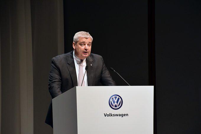 webcartop_VW発表会17