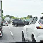 【画像】【イラッ!】高速で左車線がガラガラなのに右車線を走り続けるクルマの対処法