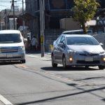 【画像】路駐車両をウインカーを出さずにはみ出して避けるのはあり?
