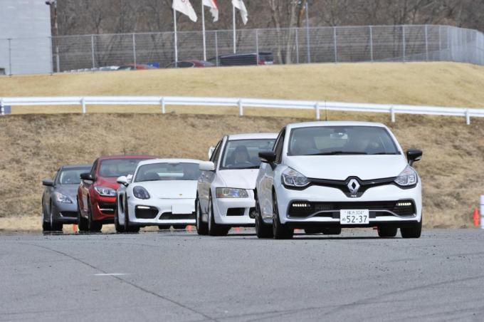 公道でも役に立つ! ドライビングスクール「Yui Racing School」を体験