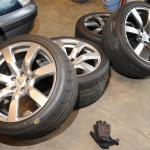 【今さら聞けない】タイヤ交換は4本まとめて行ったほうがいい?