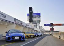 【CARトップTV第8回】どれが一番速いんだ!? 最新スーパーカー全開タイムアタック