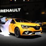 【画像】ルノーはニュル最速を狙う新型メガーヌR.S.を日本初公開【東京モーターショー2017】