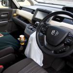 【画像】見落としがちな車内の汚れ! 健康のためにも掃除が必須なポイント4つ
