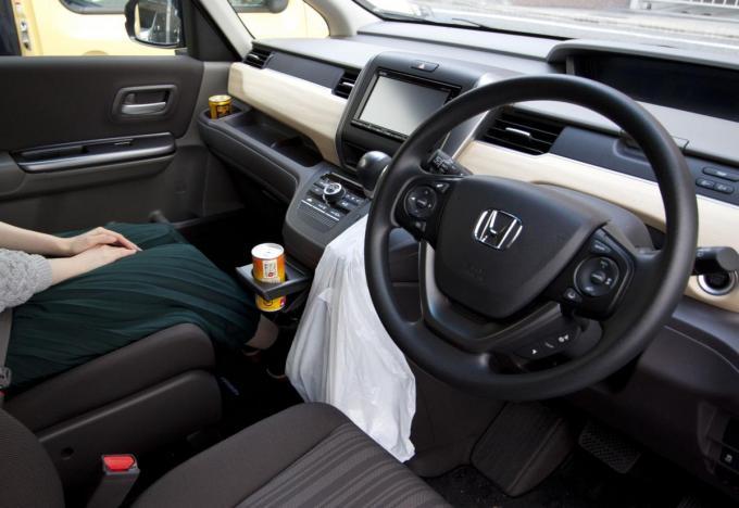 見落としがちな車内の汚れ! 健康のためにも掃除が必須なポイント4つ