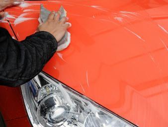 洗車のつもりがただのヤスリがけ! ザラザラになったクルマの本当の洗車方法とは