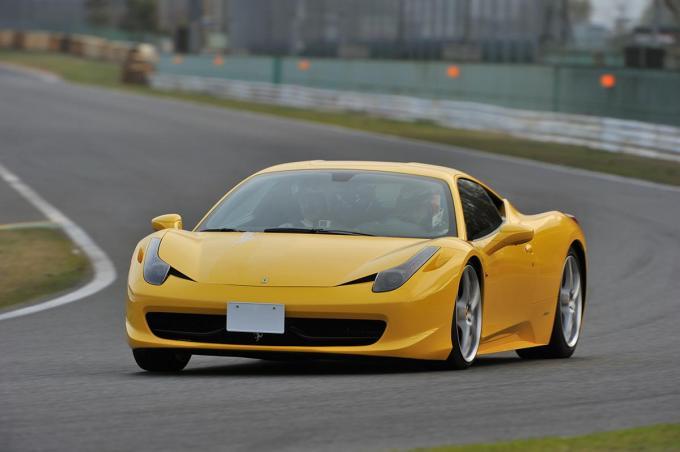 「車検200万円」「すぐ壊れる」はウソ!  庶民でも狙える「フェラーリ」の本当の維持費と驚きの下取り価格