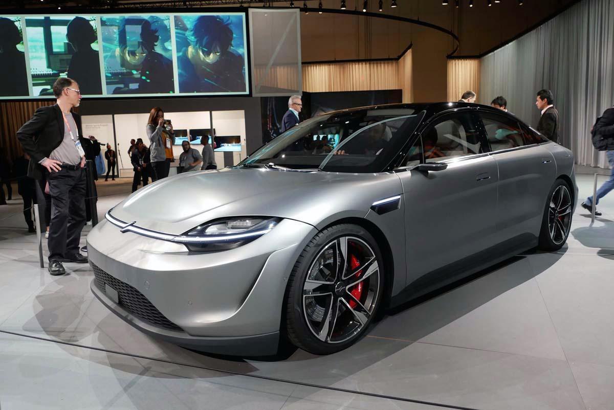 既存自動車メーカーの「電気自動車」じゃダメ? 世間が「SONY」や「アップル」のEVに期待を寄せるワケ