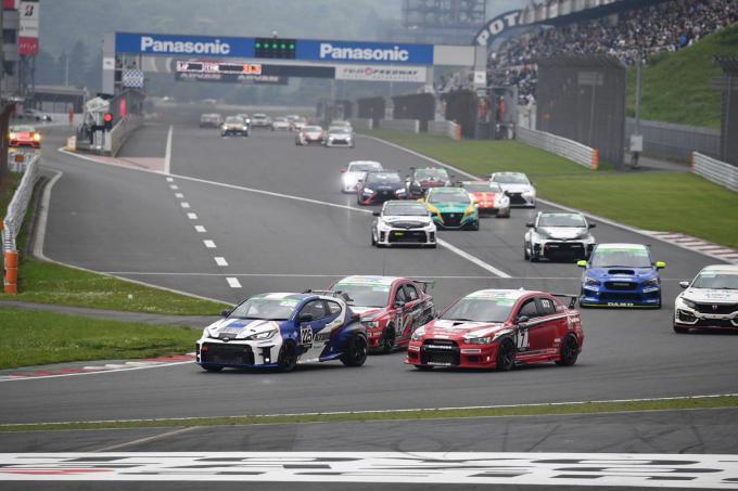 激速レース車と市販車ベース車が混在! 超一流ドライバーからアマチュアまで参戦する「S耐」が面白すぎると評判だった