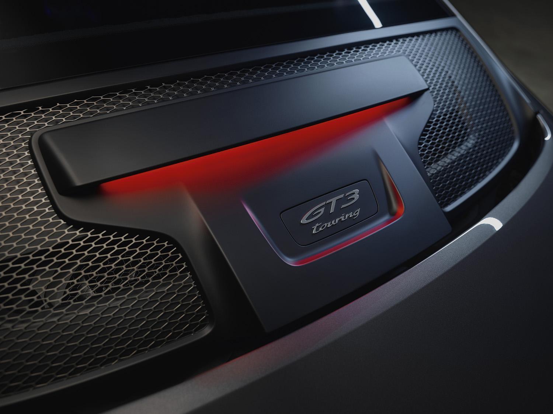 ポルシェ911 GT3ツーリングパッケージの予約がスタート