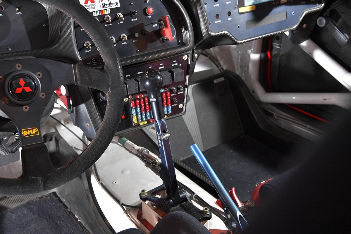 三菱自動車本社ショールームにてWRC展開催中&カレーショップオープン