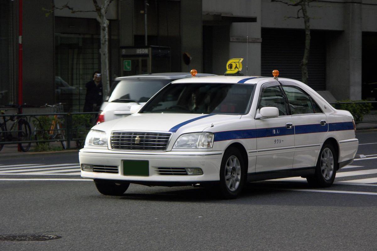 個人タクシーにJPNタクシーが選ばれない理由
