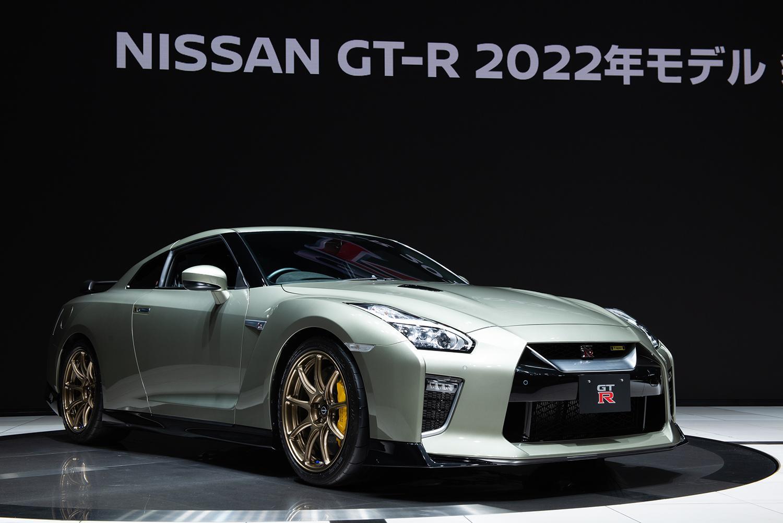 マイチェンを重ねて「300万円以上」も値上がりした日産GT-R! 登場から14年経過のクルマに「1000万円オーバー」の価値はある?
